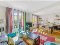BRIGHT CHARACTER APARTMENT
