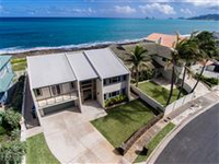 OCEANFRONT KAILUA REMODELED SIX BEDROOM HOME