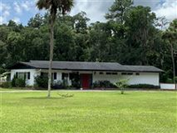 EXPANSIVE 6.6 ACRES OF OLD FLORIDA PROPERTY