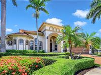 INCREDIBLE HOME ON SOUTHWEST TIP LOT