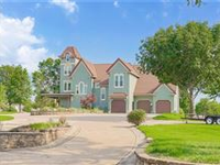GORGEOUS ESTATE WITH LAND ON AN AMAZING LOCATION