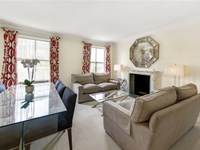 CHARMING FLAT IN CHELSEA