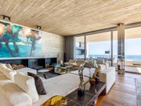 DESIGNER HOME WITH SUBLIME SEA VIEWS
