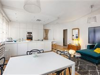 CHARMING, BRIGHT AND SUNNY APPARTMENT