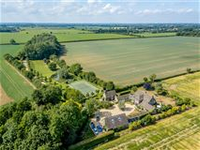 BEAUTIFUL COTSWOLD STONE BARN CONVERSION WITH ADJOINING COTTAGE