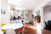 CHARMING APARTMENT BATHED IN SUNLIGHT WITH AN EXCELLENT FLOOR PLAN