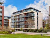 BRIGHT DUBLIN APARTMENT IN BEAUTIFUL ESTABLISHED BUILDING