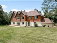 A BEAUTIFULLY APPOINTED COUNTRY HOUSE