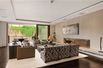 EXCEPTIONAL THREE BEDROOM LATERAL APARTMENT