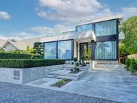 MASTERFULLY BUILT MODERN HOME