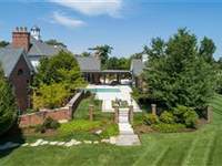 SOPHISTICATED ESTATE IN PASTORAL HUNTLEIGH