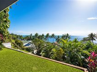 PRIVATE RETREAT WITH SPECTACULAR OCEAN VIEWS IN TRINITY BEACH