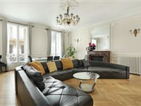 THIS SPACIOUS FLOOR THROUGH APARTMENT IS BEAUTIFULLY APPOINTED