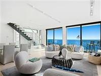 STUNNING OCEANFRONT MODERN RESIDENCE