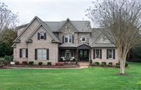 GORGEOUS WELL MAINTAINED HOME