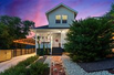 CHARMING HOUSE WITH VINTAGE DETAILS AND MODERN CONVENIENCES