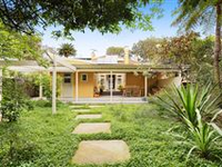 CHARMING HOME IN CENTRAL LOCATION