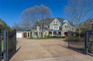 MAGNIFICET GATED ESTATE BEAUTIFULLY APPOINTED