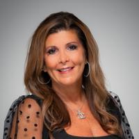 Leslie Castellano
