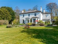 CHARMING HOUSE WELL SITUATED ON THE EDGE OF NORH DOWNS