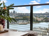 HARBOURSIDE MASTERPIECE WITH VIEWS