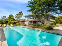 CLASSIC BEACH HOUSE IN THE HEART OF WESTHAMPTON BEACH VILLAGE
