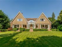 WELL PRESENTED WEST COMMON HOME IN HARPENDEN