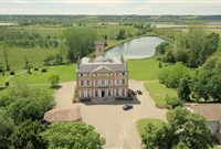 EXCEPTIONAL CHATEAU IN A BEAUTIFUL AND PEACEFUL ENVIROMENT