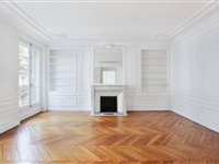 PRISTINELY LIGHT AND BRIGHT PARISIAN APARTMENT