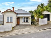 CHARMING AND CENTRALLY LOCATED GREY LYNN BUNGALOW