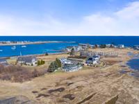 AUTHENTIC YEAR-ROUND RYE HARBOR BEACH HOUSE
