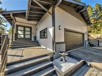 EXQUISITE REMODELED LAKEVIEW HOME