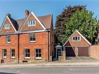 GORGEOUS RENOVATED 17TH CENTURY HOME IN THE HEART OF MARLBOROUGH