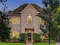 BEAUTIFUL SOUTHSIDE HOME WITH STUNNING FEATURES