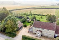 WELL APPOINTED COTTAGE WITH FAR-REACHING COUNTRYSIDE VIEWS