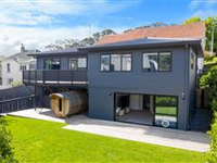 OUTSTANDING FAMILY HOME NEAR THE BEACH IN ST HELIERS