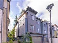 BRIGHT AND SPACIOUS TOWNHOUSE IN SAMMAMISH