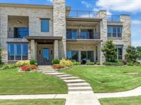 EXECUTIVE HOME IN GATED COMMUNITY