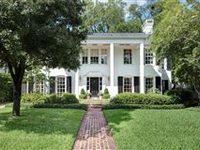 A TRADITIONAL HOME WITH OLD WORLD CHARM