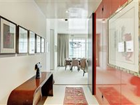 IMPECCABLY UPGRADED SPECIAL APARTMENT IN AN EXCEPTIONAL BUILDING
