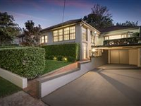 PEACEFUL RESIDENCE TUCKED AWAY IN LANE COVE