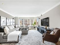 BRIGHT AND OPEN HOME IN THE HEART OF UPPER EAST SIDE