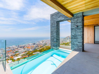 TOWNHOUSE FOR SALE IN BANTRY BAY