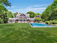 STATELY EAST HAMPTON TRADITIONAL