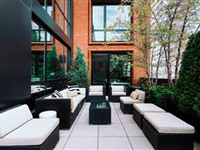PERFECT FOR INDOOR-OUTDOOR ENTERTAINING
