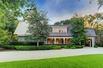 TRADITIONAL EUROPEAN-STYLE STONE HOUSE