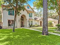 BEAUTIFUL HOME WITH BACKYARD OASIS SITUATED ON QUIET CUL-DE-SAC
