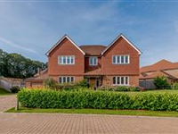 SUBSTANTIAL FAMILY HOME IMMACULATELY PRESENTED CLOSE TO THE VILLAGE
