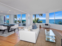 EXPANSIVE OCEANFRONT TOWNHOME
