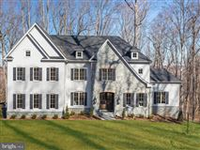 PERFECT BLEND OF MODERN AND TRADITIONAL